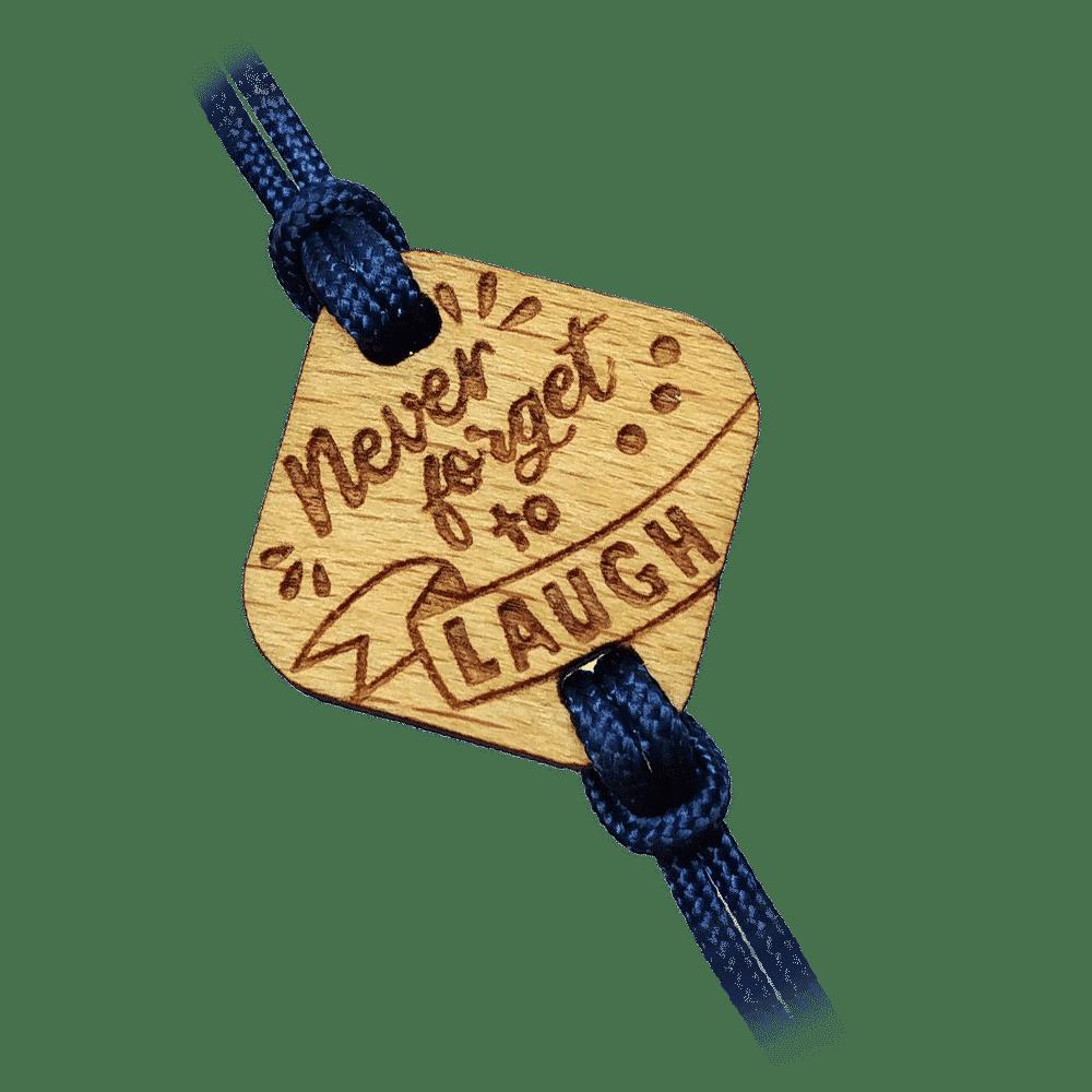 Bracelet en bois personnalisé Maxi Rires Champéry