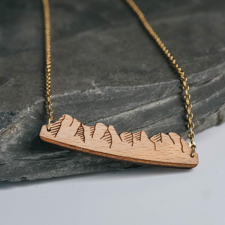 collier en bois peaks 3